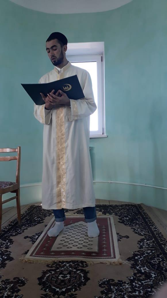 Хуршед Аизов провел праздничную и пятничную молитвы